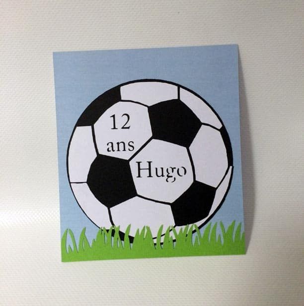 carte anniversaire abllon de foot footballer silhouette cameo portrait