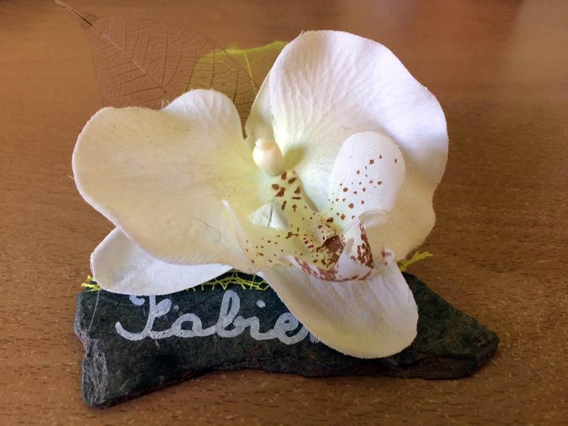 marque place rond serviette mariage ardoise orchidée