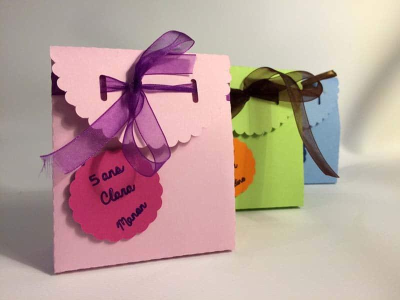 pochette bonbons boite carton anniversaire enfant adulte maître maîtresse silhouette caméo portrait studio