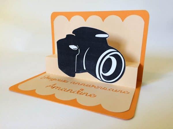 Carte pop-up appareil photo