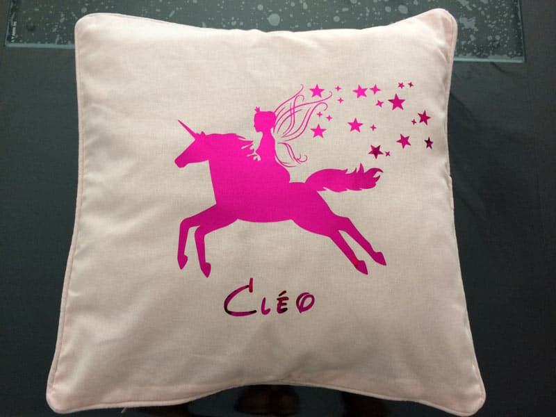 coussin licorne flex unicorn couture silhouette portrait caméo brother scanncut scan n cut